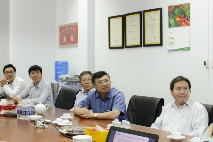 Hop Tri Investment Corporation received Mr. Hoang Quoc Vuong, The Deputy Minister of Ministry of Industry and Trade of Viet Nam